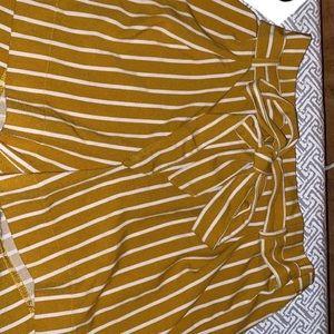 Pants - Striped Dress shorts